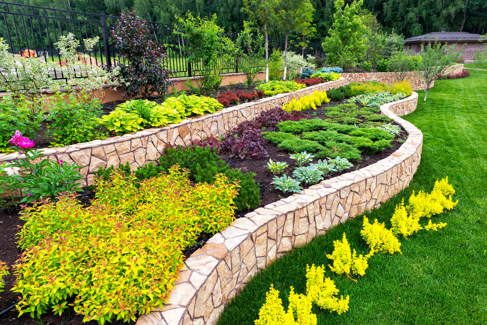 Landscaping Trends for Summer